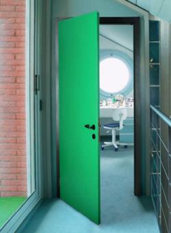 Porte pour locaux professionnels