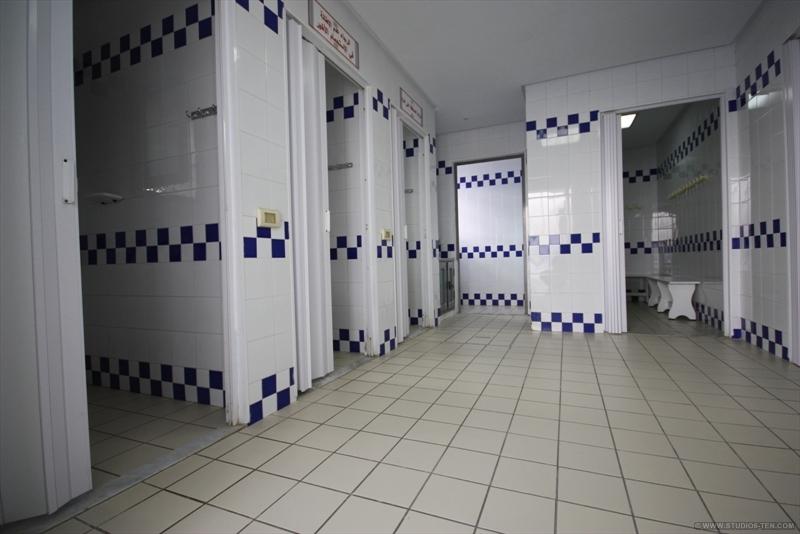 vestiaires et douches