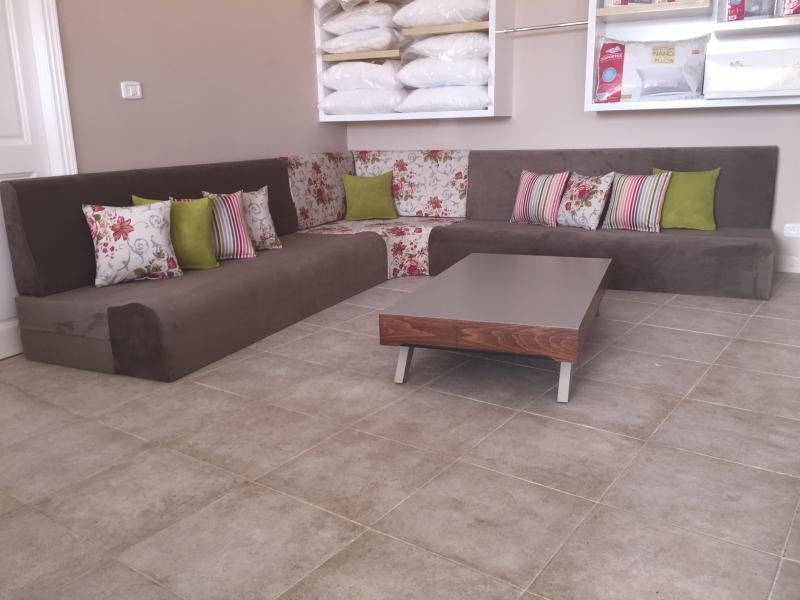 s jour mod le yasmine. Black Bedroom Furniture Sets. Home Design Ideas