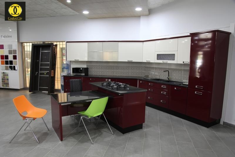 Idee Deco Salon Blanc Gris Rouge : CUISINE MODERNE