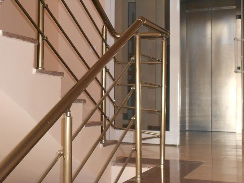 rampe d 39 escalier vitr e. Black Bedroom Furniture Sets. Home Design Ideas