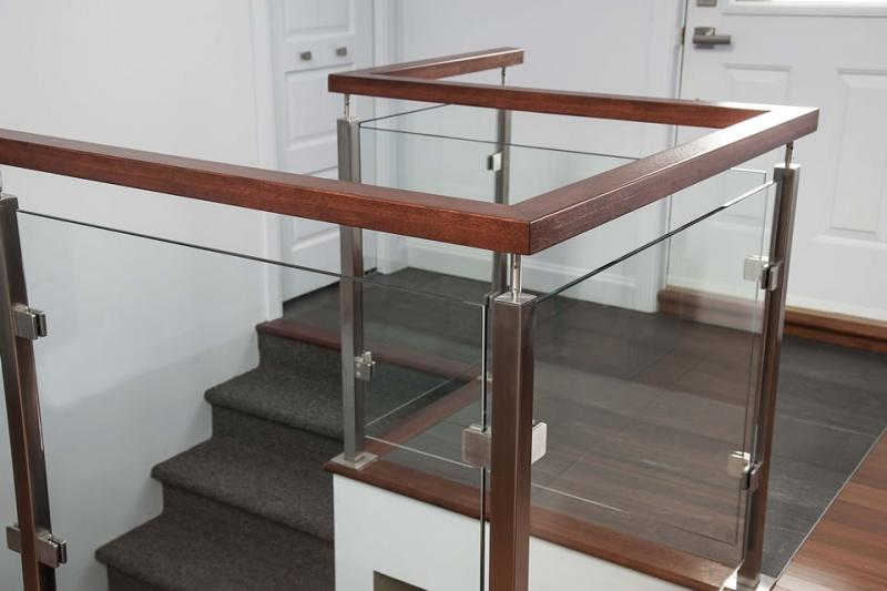 garde corps pince vitre. Black Bedroom Furniture Sets. Home Design Ideas