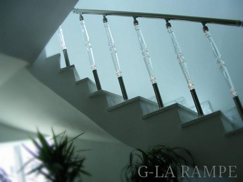 rampe escalier plexiglass lumineux. Black Bedroom Furniture Sets. Home Design Ideas