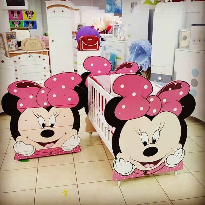 excellent idees d chambre chambre bb minnie promotn decoration chambre bebe with chambre minnie bebe. Black Bedroom Furniture Sets. Home Design Ideas